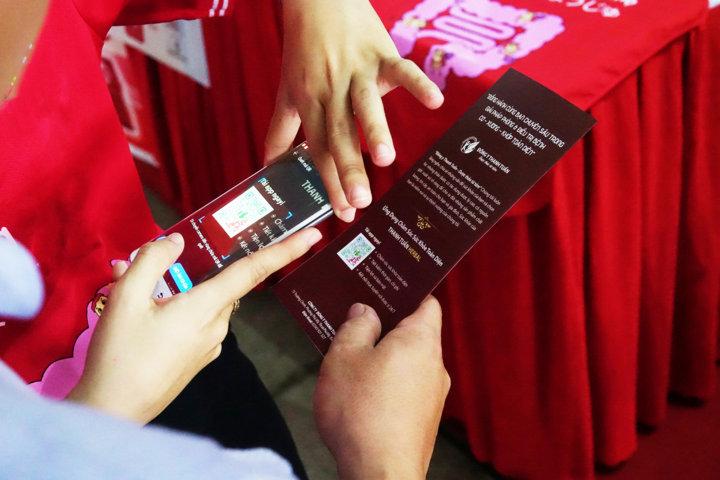 Kiểm tra các sản phẩm chính hãng Đông Y Thanh Tuấn trên Smarphone