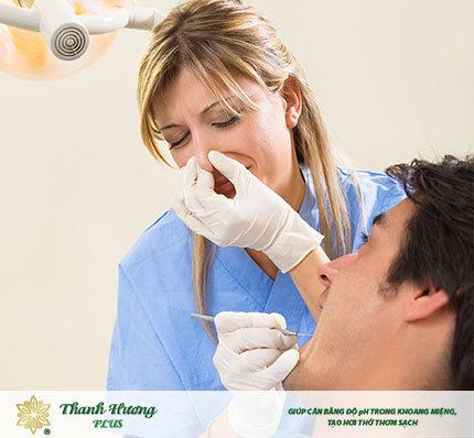 Đến với chuyên gia răng miệng sớm nhất để xử lý răng sâu có mùi hôi