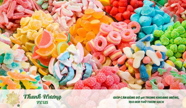 Thực phẩm nhuộm màu khiện lưỡi bị vàng