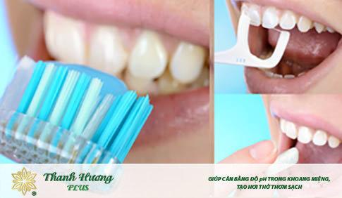 Vệ sinh răng miệng đúng cách hạn chế lưỡi bị vàng