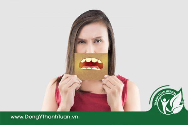 Bạn thiếu tự tin khi bị hôi miệng do sâu răng