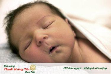 Trẻ em rất dễ bị khô họng khi ngủ