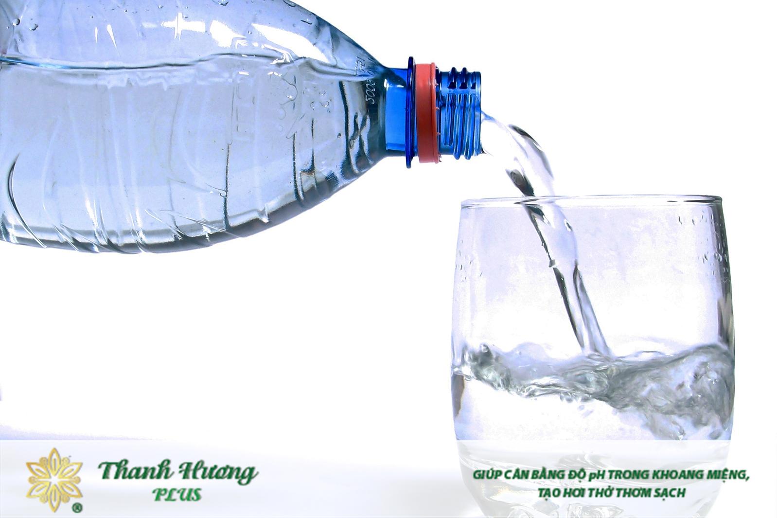 Cách làm nước muối súc miệng thành công sẽ tạo ra được sản phẩm trong suốt