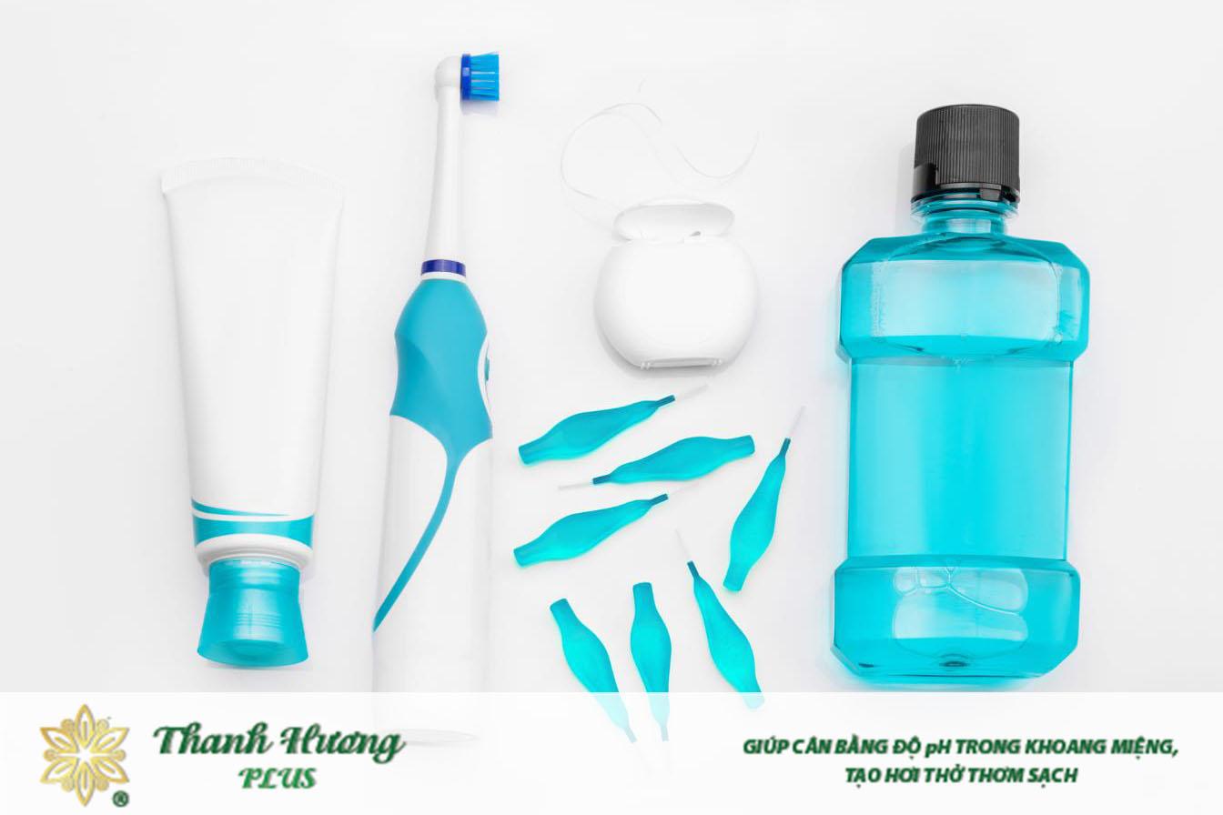 Dùng nước súc miệng trước hay sau khi đánh răng cần tùy thuộc từng thời điểm