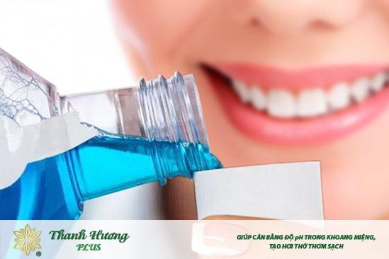 Dùng nước súc miệng trước hay sau khi đánh răng phụ thuộc vào từng sản phẩm