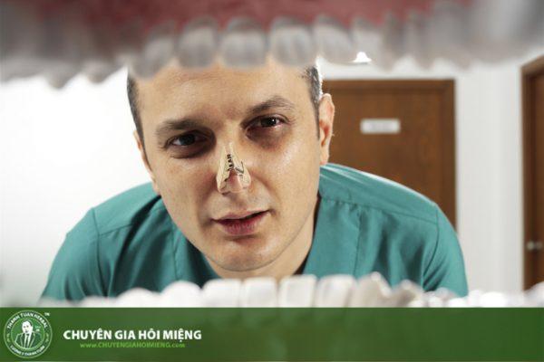 Nếu nhận thấy có dấu hiệu bệnh lý bất thường thì cần biết nên khám bệnh hôi miệng ở