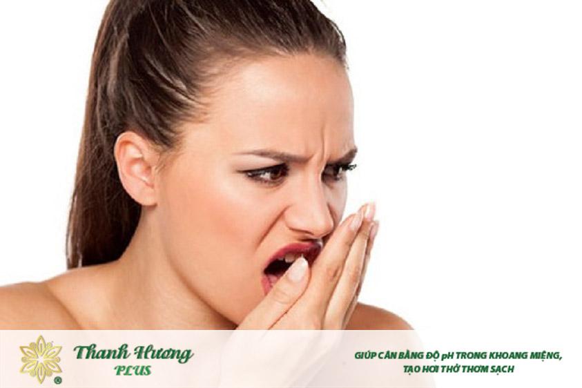 Đắng miệng có thể là do thói quen sinh hoạt hoặc do bệnh lý gây nên