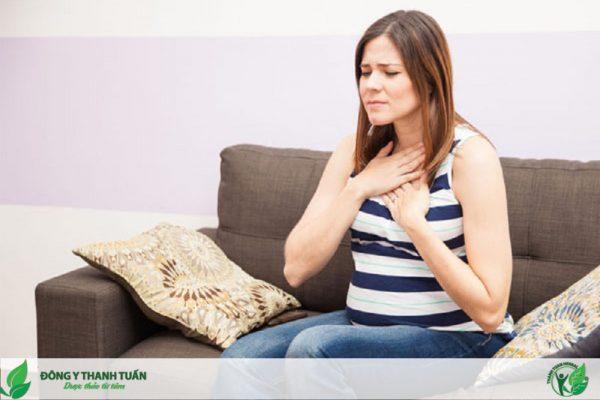 Bà bầu bị đắng miệng có thể do nhiều nguyên nhân khác nhau
