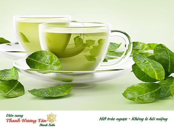 Trị bệnh hôi miệng bằng trà xanh